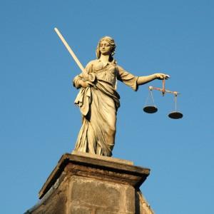 Justiz